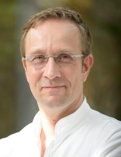 we proudly present - nils henkel - kochcampuskochcampus - 2 Sterne Köche Deutschland
